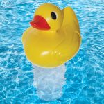 32140 | Pool Duck Chlorine Dispenser - Lifestyle