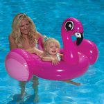 81539 | Flamingo Baby Rider - Lifestyle 1