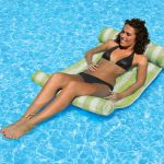 70743 | Water Hammock - Lifestyle