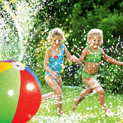 81188 | Splash & Spray Ball - Lifestyle 2