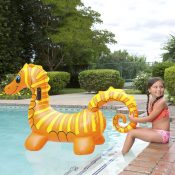 81757 | Seahorse Super Jumbo Rider - Lifestyle 4