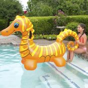 81757 | Seahorse Super Jumbo Rider - Lifestyle 3