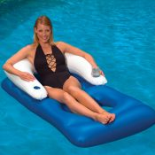 85600 | Classic Floating Lounger - Lifestyle 3
