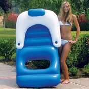 85600 | Classic Floating Lounger - Lifestyle 2