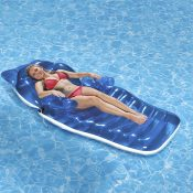 85687 | Adjustable Chaise Floating Lounge - Lifestyle 2