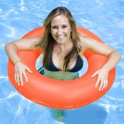 87130 | 35'' Swim Tube – Lifestyle 3