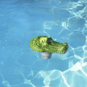 32132 | Clori-Critter™ – Alligator Head Chlorine Dispenser