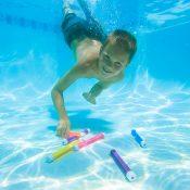 72702 | Dive 'N' Relay Sticks - Lifestyle