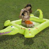 81611 | Crocodile Spray Pool - Lifestyle 1