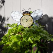 54579 | Bee Thermometer Wall Décor - Lifestyle 5